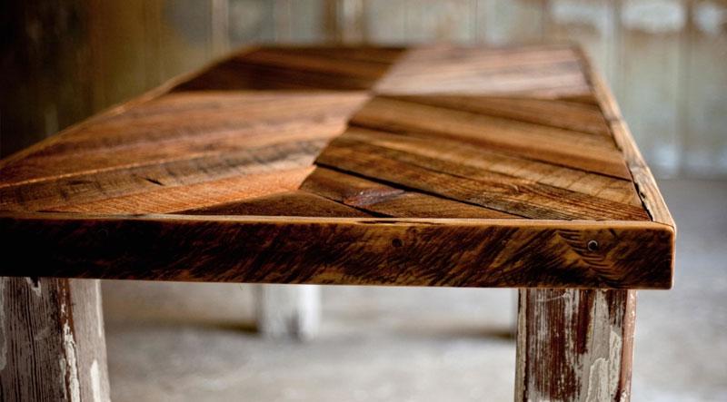 Vier Tipps um sich um Ihre Holzmöbel zu kümmern